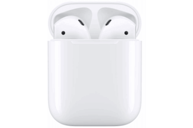 Apple AirPods with Charging Case(第2世代)