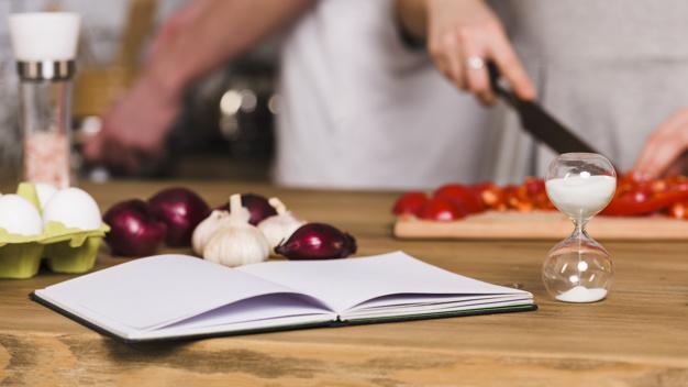 BRUNOホットプレートのレシピ本で料理の幅も拡がる