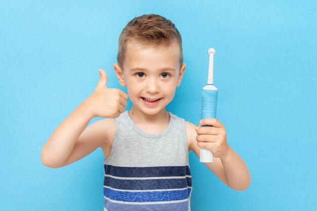 【電動歯ブラシを家族で共有したい】電動歯ブラシの選び方