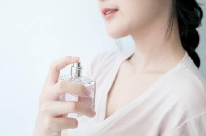 白石麻衣さんの香水を気軽にお試しする方法