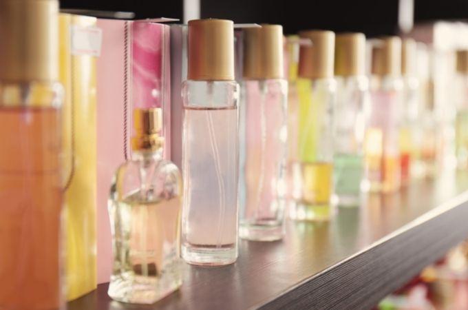 大学生は香水をどこで買うのがおすすめ?【店舗編】